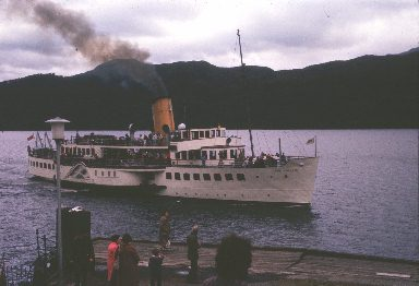 Maid of the Loch approaching Inversnaid s.jpg