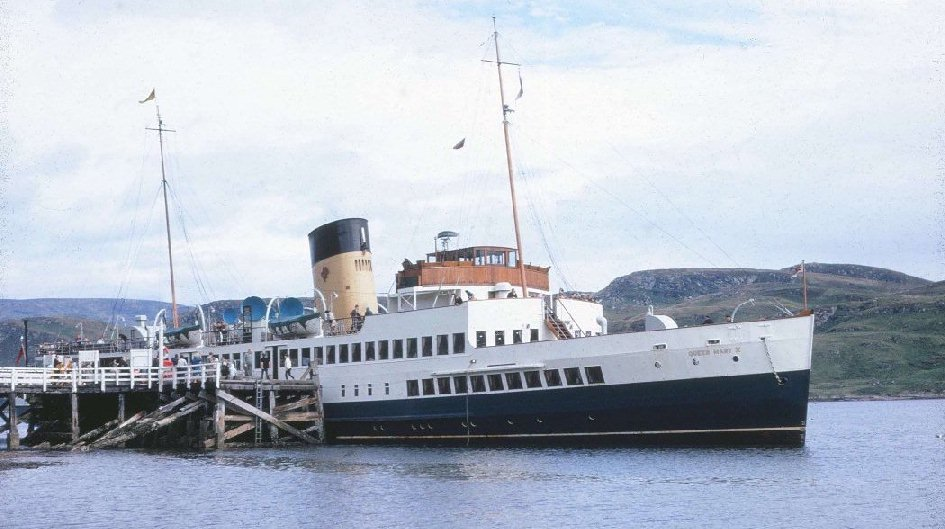 Queen mary Tighnabruaich 1967 J Dale s.jpg
