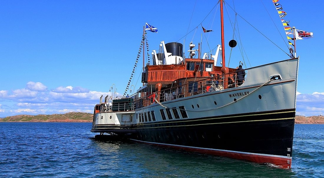 Waverley at Iona 2012 KW.jpg