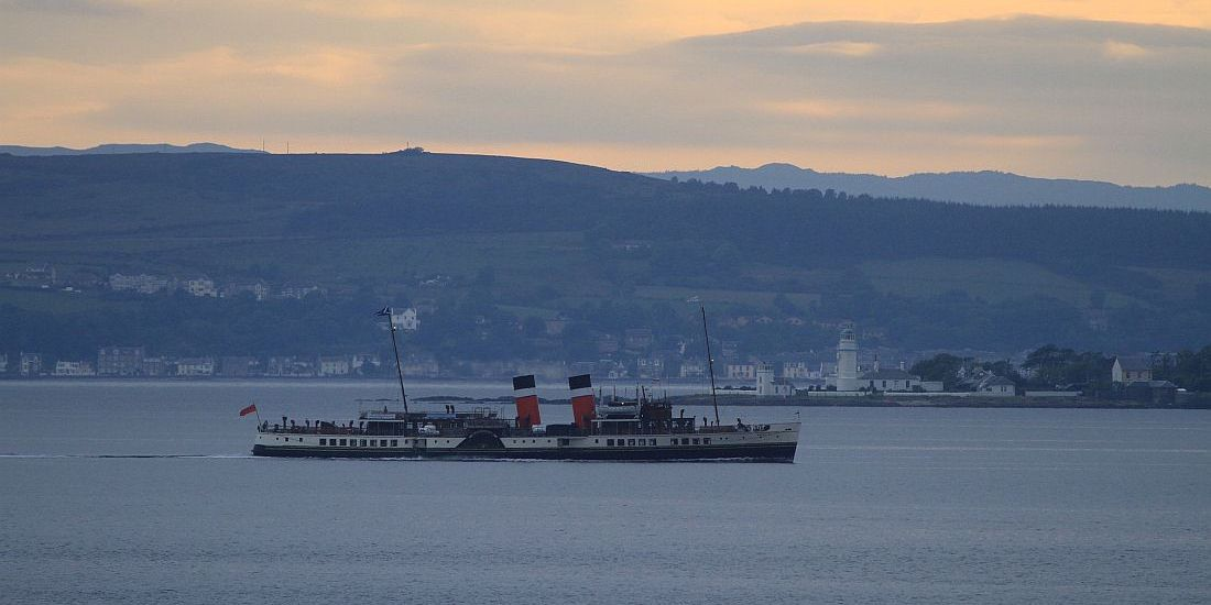 Waverley returns from W Isles 11 06 12 KW.jpg